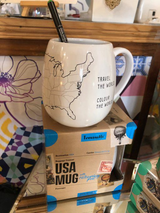 MUG A COLORIER USA , STYLO CERAMIQUE FOURNI